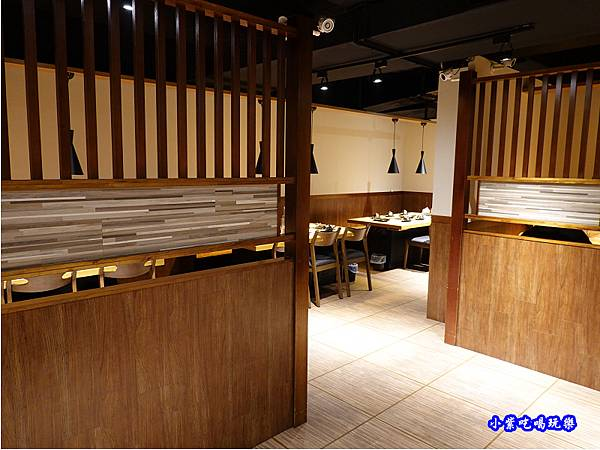 用餐環境-赤富士無煙燒肉鍋物吃到飽 (7).jpg