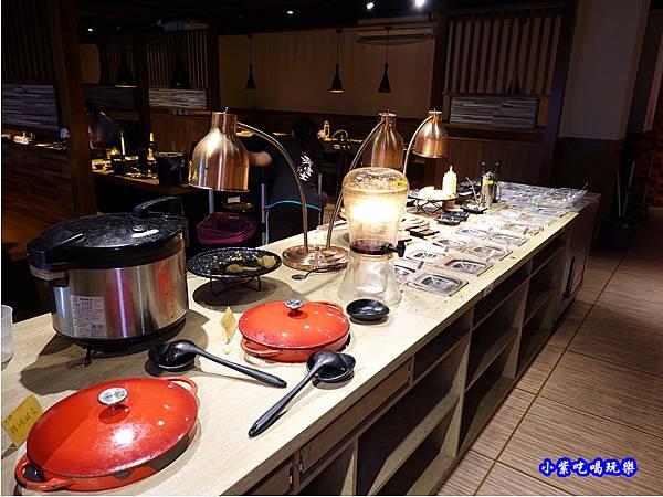 自助吧-赤富士無煙燒肉鍋物吃到飽.jpg