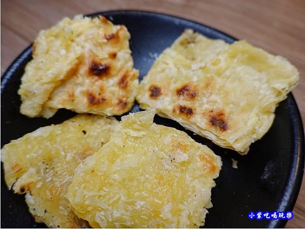 乳酪餅-赤富士無煙燒肉鍋物吃到飽.jpg