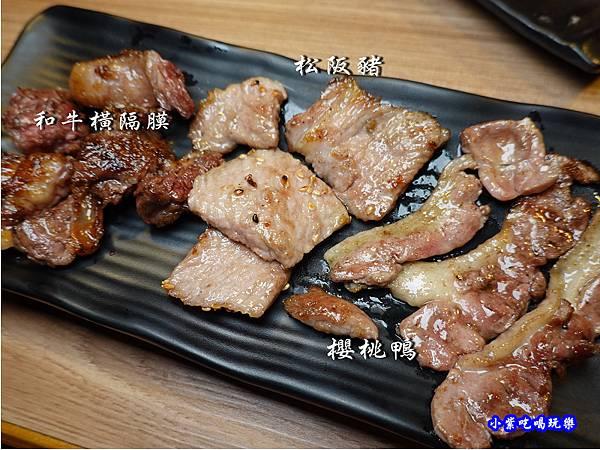桃園-赤富士無煙燒肉鍋物吃到飽  (4).jpg
