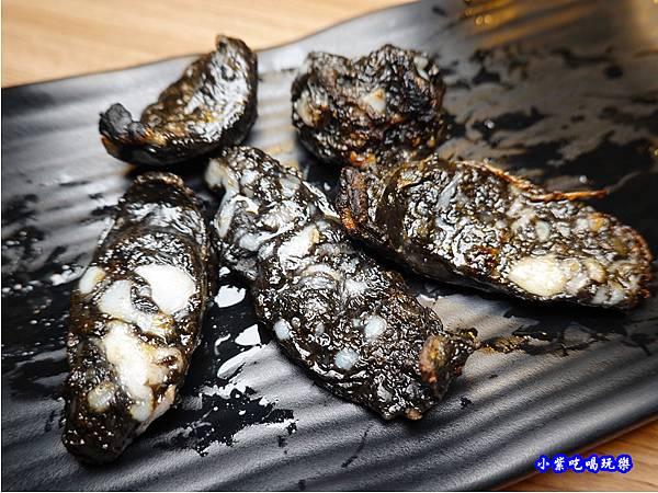 墨魚香腸-赤富士無煙燒肉鍋物吃到飽 (2).jpg