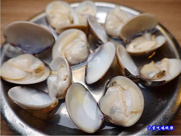 薑絲蛤蜊-赤富士無煙燒肉鍋物吃到飽 (1).jpg