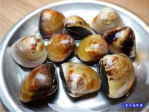 薑絲蛤蜊-赤富士無煙燒肉鍋物吃到飽 (2).jpg