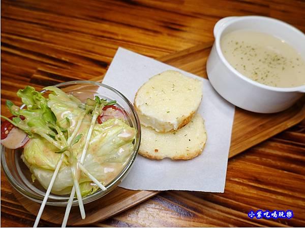 和風主廚沙拉-歐義式義大利餐廳  (1).jpg