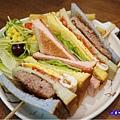 fun膽吃一口彩虹-fun晴輕食餐廳 (2).jpg
