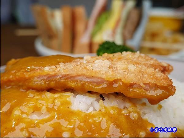 日式炸豬排咖哩飯-fun晴輕食餐廳 (1).jpg