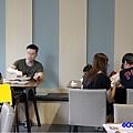 用餐環境-fun晴輕食餐廳 (2).jpg