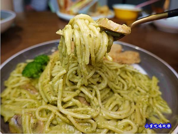 檸檬雞柳條青醬義大利麵-fun晴輕食餐廳 (1).jpg