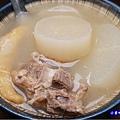 蘿蔔排骨湯-龍巢飯麵館 (3).jpg