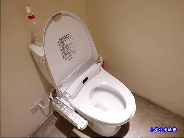 洗手間免治馬桶-竹北-橫丁六八屋.jpg