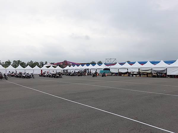 機車停車場-2020龍岡米干節.JPG