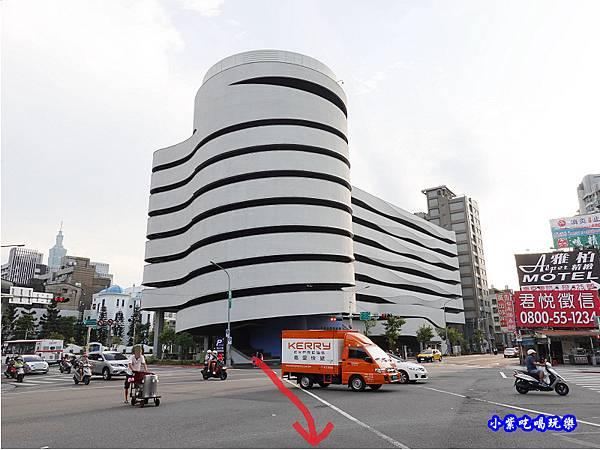 松山八德立體停車場外觀  (1).jpg