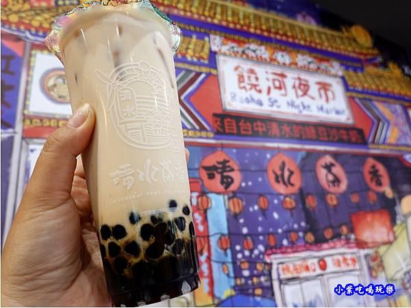 黑糖珍珠鮮奶-清水茶香饒河店.jpg