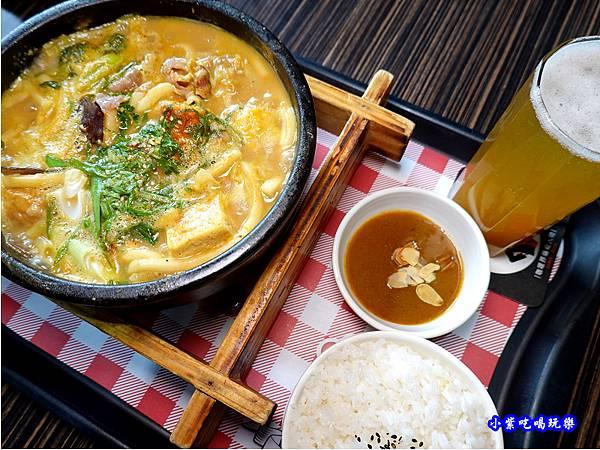 陶燒招牌豚肉湯咖哩-Mr38咖哩東海店 (3).jpg