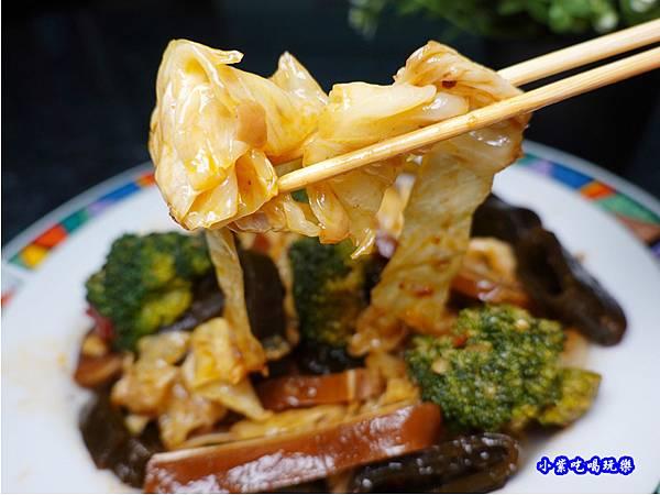 高麗菜-秘醬滷味沙鹿特許加盟店.jpg