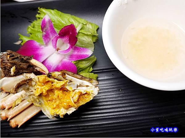 大閘蟹-山雞城庭園餐廳 (1).jpg
