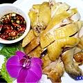 白斬放山雞-山雞城庭園餐廳 (1).jpg