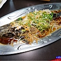 清蒸鱘龍魚-山雞城庭園餐廳 (3).jpg