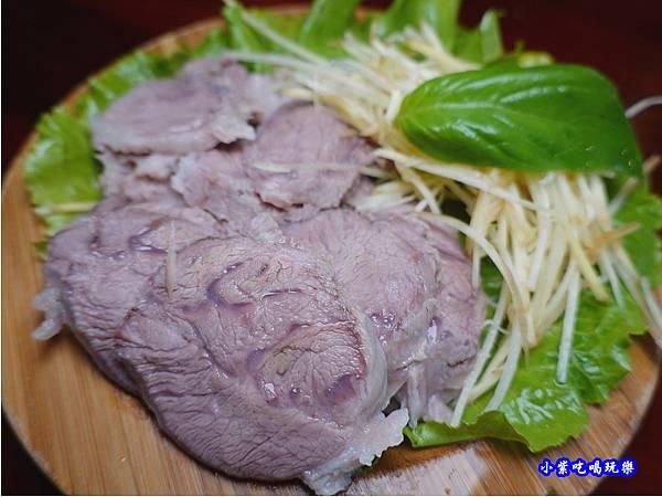 嘴邊肉-辛梅阿嬤的味道 (1).jpg