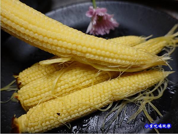 小農玉米筍-火之舞和牛燒烤吃到飽桃園店.jpg