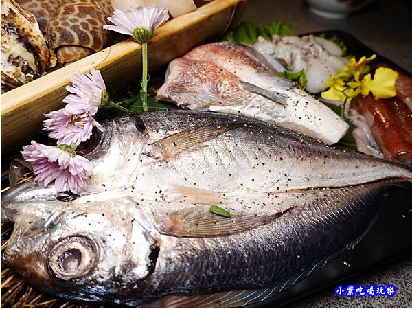 竹夾魚一夜干-火之舞和牛燒烤吃到飽-桃園店 (1).jpg