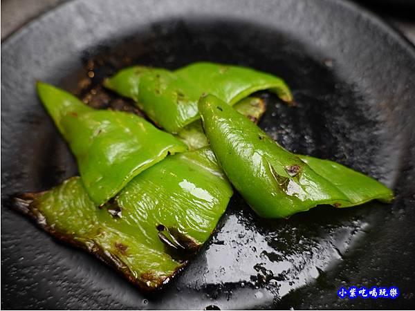 烤青椒-火之舞和牛燒烤吃到飽桃園店.jpg