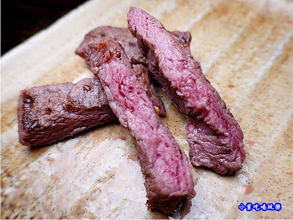 熟成牛菲力7分熟-火之舞和牛燒烤吃到飽桃園店.jpg