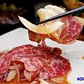 薄牛肉片洋蔥沙拉-火之舞和牛燒烤吃到飽桃園店 (2).jpg