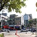 中山地下街R4出口外過馬路.JPG