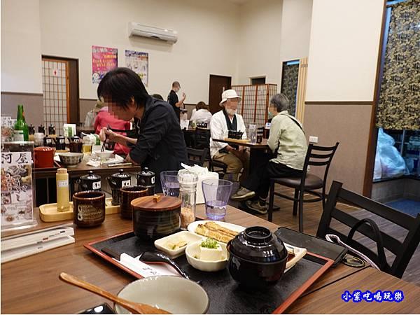 用餐環境-三河中川屋台北店 (6).jpg