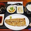 燒白鰻灑玫瑰鹽-三河中川屋台北店  (5).jpg