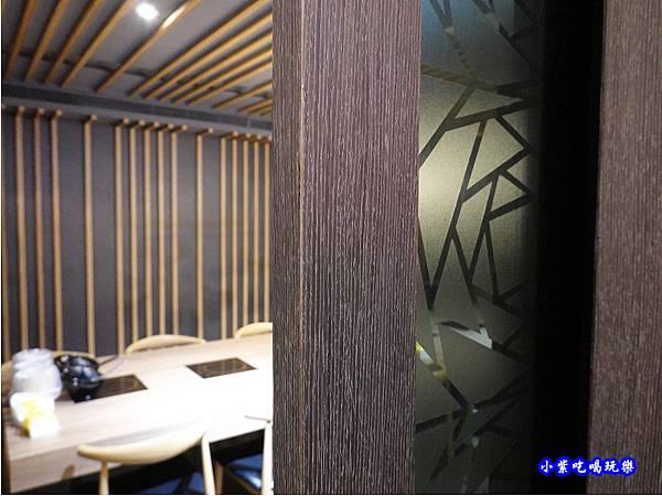 2樓大包廂-蒙古紅蒙古火鍋桃園店  (1).jpg