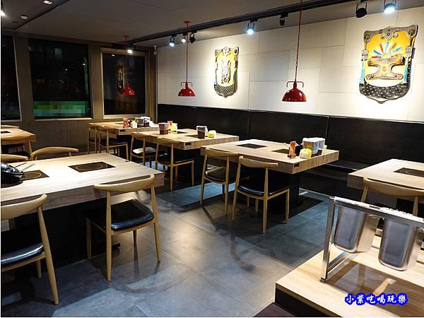 2樓用餐空間-蒙古紅蒙古火鍋桃園店  (2).jpg