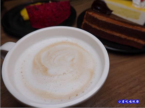 咖啡-蒙古紅蒙古火鍋桃園店 (2).jpg
