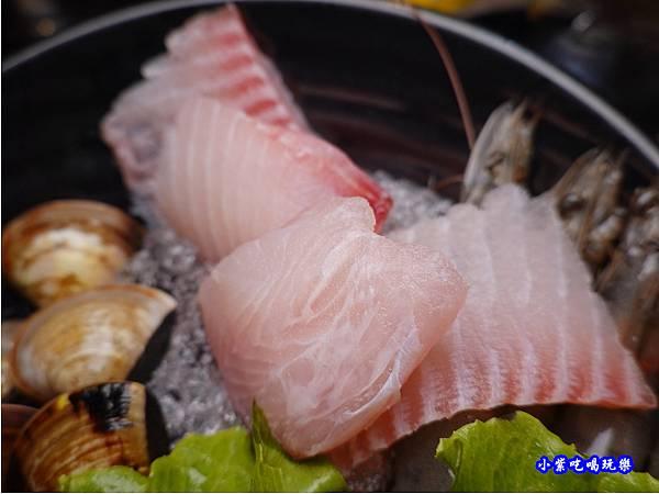 鯛魚-蒙古紅蒙古火鍋桃園店.jpg