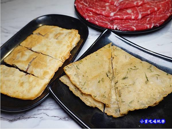 必點特色美食-連進酸菜白肉鍋吃到飽.jpg
