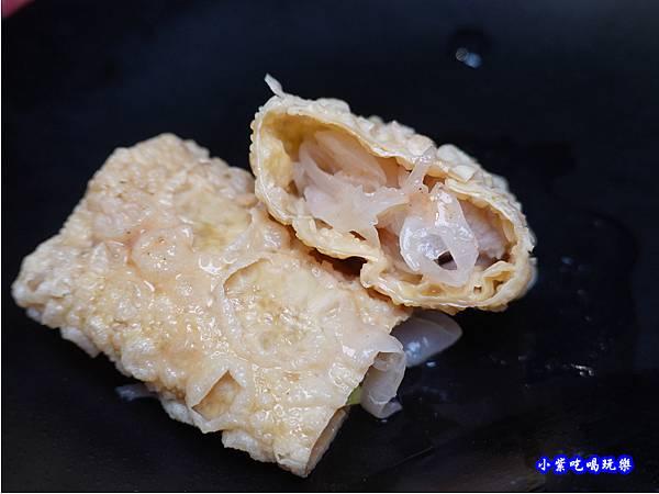 豆皮包酸菜-連進酸菜白肉鍋吃到飽.jpg