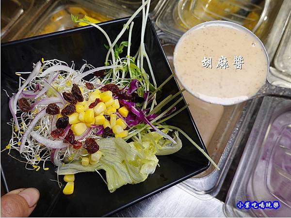 胡麻沙拉-赤富士草莓季 (2).jpg