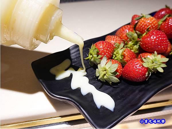 草莓吃到飽-赤富士草莓季 (4).jpg