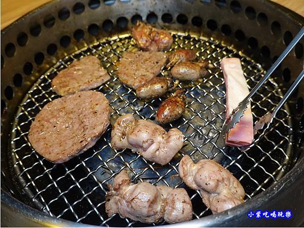 雞肫要剪比較快熟-赤富士草莓季.jpg