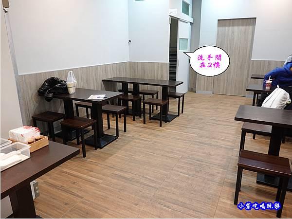台中-路弁攤丼飯、炒泡麵專賣  (5).jpg
