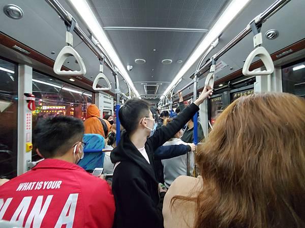 台中雙節公車.jpg
