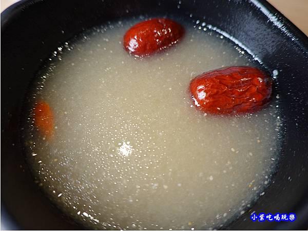 人蔘雞湯-肉鮮生韓式烤肉沙鹿店  (2).jpg