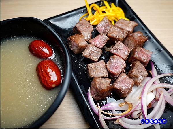 生日骰子牛-肉鮮生韓式烤肉吃到飽沙鹿店  (2).jpg