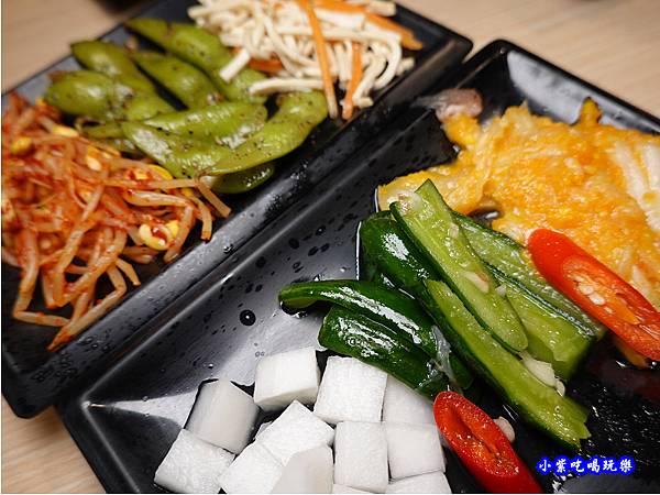 韓式小菜-肉鮮生韓式烤肉吃到飽沙鹿店 (1).jpg