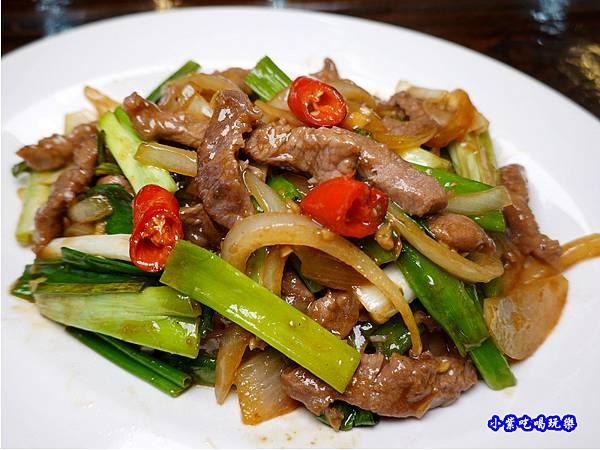蔥爆牛肉-百匯窯烤雞海鮮快炒餐廳.jpg