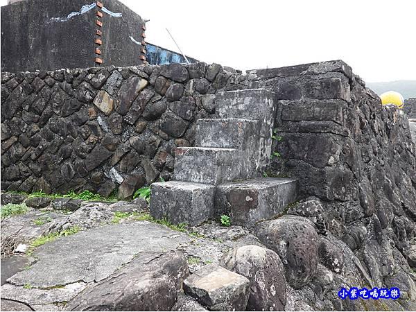 東北的三寶-百年石頭屋 (1).jpg