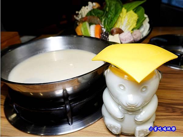 起司牛奶鍋-2021驛庭鍋物 (3).jpg