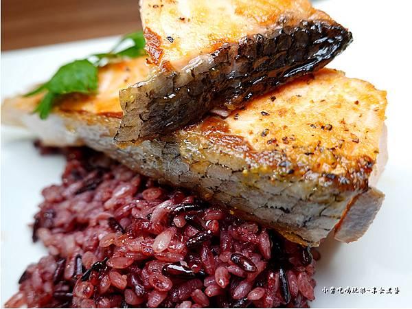 智利香煎鮭魚-108低碳同樂會 (2).jpg