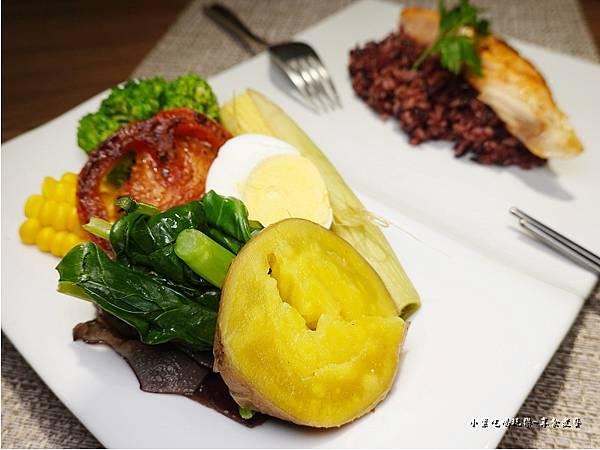 智利香煎鮭魚-108低碳同樂會 (4).jpg